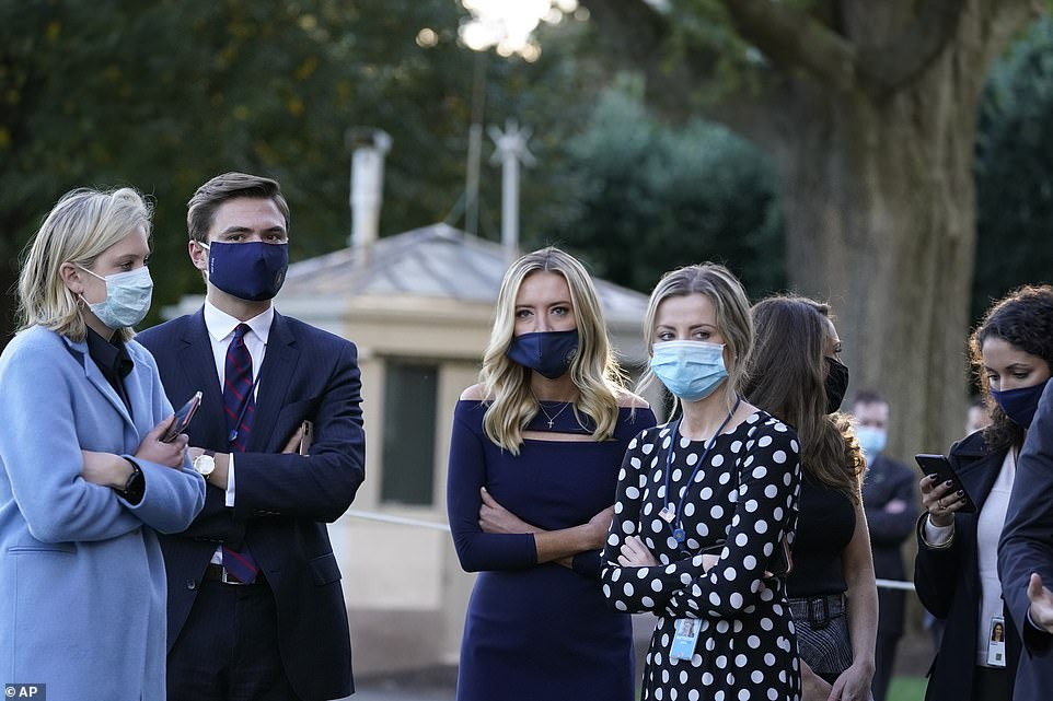Trump's aides including press secretary Kayleigh McEnany FINALLY start wearing masks 4