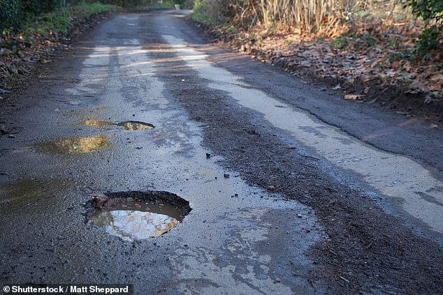 Motorists face pothole plague | Daily Mail Online 4