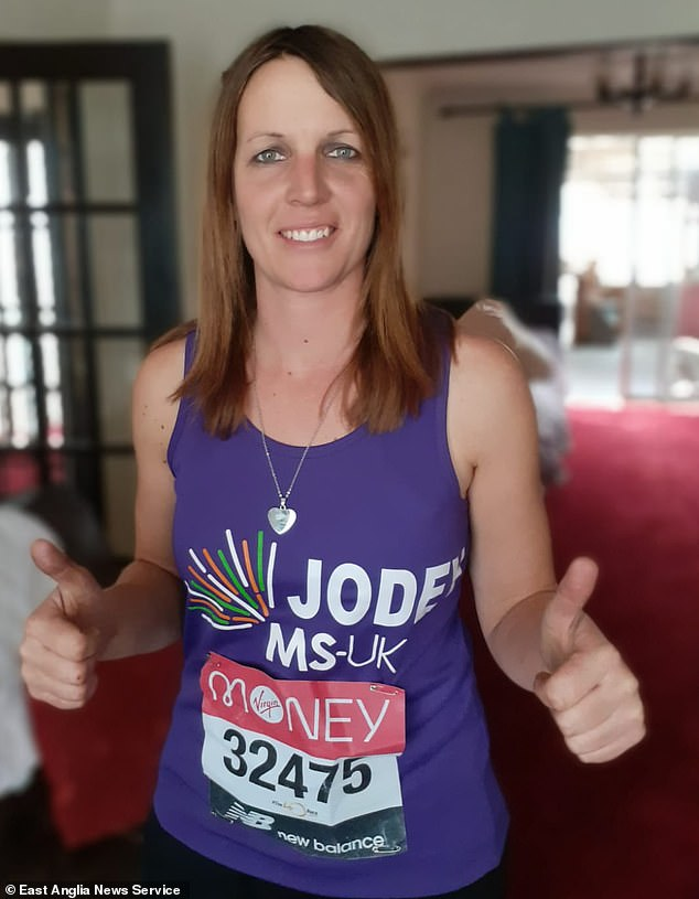 London Marathon runner covers nearly 50 MILES during her own virtual race after GPS malfunctioned 3