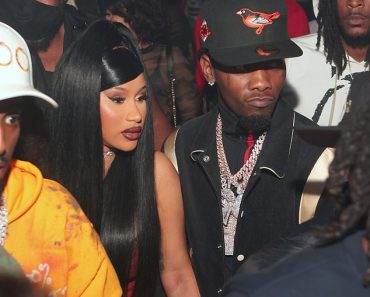 Cardi B confirms she's back together with her husband Offset one month after filing for divorce 4