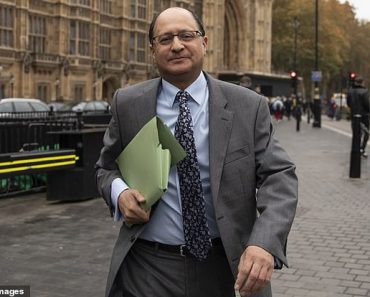 Fatcat lawyers getting £142,000-a-year pay rises while junior staff laid off 5