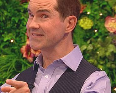Jimmy Carr details his lockdown transformation after splashing out on a hair transplant 4