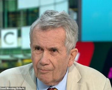Ex BBC war correspondent Martin Bell reveals he never asked for pay rise in 33 year career 1