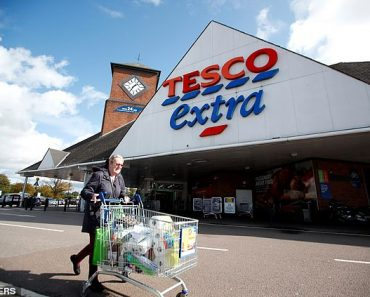 Tesco recruiting for 11,000 temporary jobs for Christmas 8