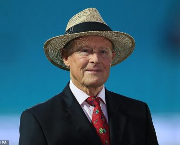 Sir Geoffrey Boycott, 80, says BBC opted for 'equality over quality' for Test Match Special 1