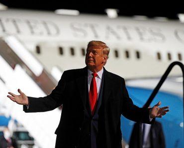 'Politics is BORING without me': Trump says it's him or 'Sleepy Joe' Biden at Pennsylvania rally 4