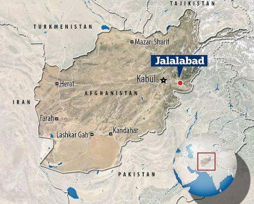 15 people are trampled to death in Afghanistan visa stampede 4