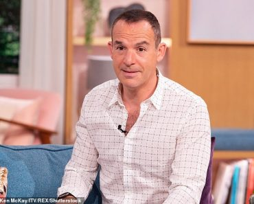 Martin Lewis calls for an end to seasonal clock move 5