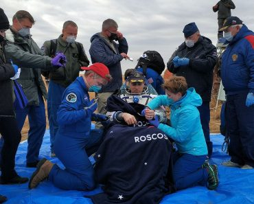 Trio who lived on space station for six months return... 4