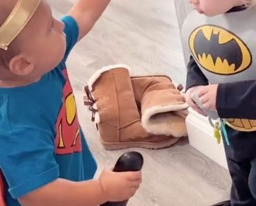Stacey Solomon and Mrs Hinch dress baby sons Rex and Ronnie up in adorable superhero costumes 4