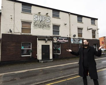 Preston pub owner starts selling meals for a penny so he can stay open 1