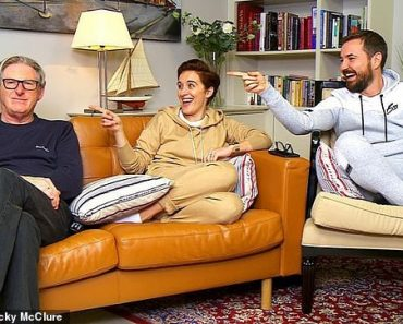 Line of Duty stars Vicky McClure, Martin Compston and Adrian Dunbar film Gogglebox special 2