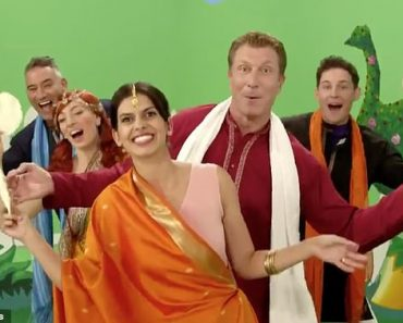 The Wiggles: 2014 song Pappadum with Indian stereotypes goes viral 5