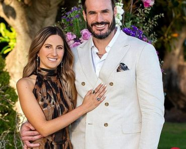 The Bachelor: Locky Gilbert comes clean about using an earpiece on the show 5