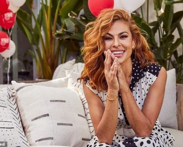 Eva Mendes Reveals Movie She Refuses To Appear as she posecture 1