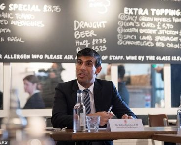 'I don't want their business': Yorkshire pub in Rishi Sunak's constituency BARS the Chancellor 4