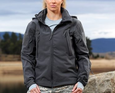 Candice Warner details the intense methods she used to get an upper hand on SAS Australia 2