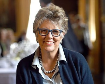 Hospital patients will be able to order food 24 hours a day following review led by Prue Leith 3