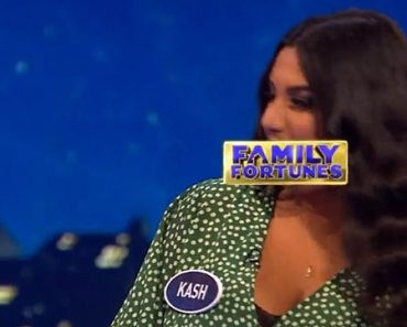 Viewers stunned after Family Fortune contestant gives very naughty answer 1